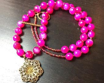 Filigree Jasmine Agate Necklace in Fuchsia and Gold