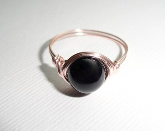 Rose gold onyx wire ring,  Onyx wire wrapped ring, Gemstone ring, Rose gold ring, Black stone ring