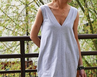 Miranda 100% cotton dress with v-neckline and pockets / 8 colours / mini dress / strap dress / Plus Size Clothing / grey mini dress / beach