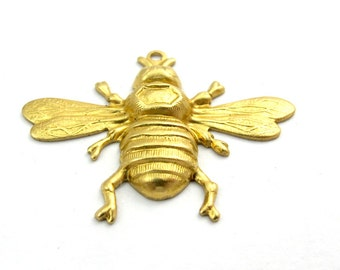 Brass Bumble Bee Charms (4X) (M543)