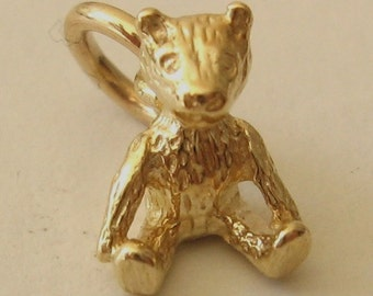 Genuine SOLID 9K 9ct YELLOW GOLD 3D Teddy Bear Animal charm/pendant