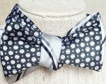 Fully Reversible Cloth Bow Tie (Black & Silver)