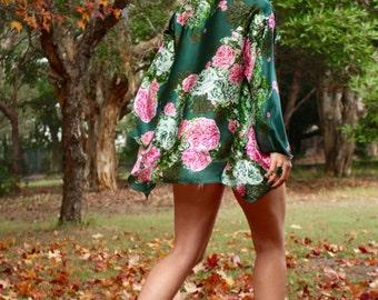 Penny Lane Green Vintage Rose Silk Kimono