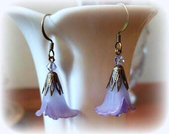 pale purple Swarovski crystal earrings lucite flower garden earrings beaded floral nature jewelry dangle drop lavender earrings