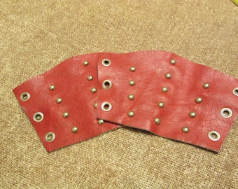Red Leather Bracers (pr) with 3 rows of Spots (Small Size)
