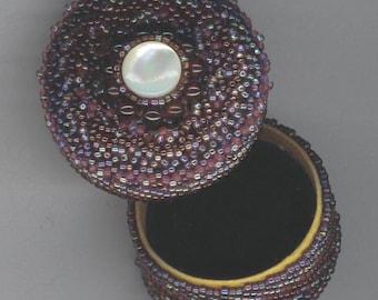 Beaded Box . Beadwoven MUSICAL Box with Garnets . Seed Seads . Peyote Stitch . Small Jewelry  - Moon Night by enchantedbeads on Etsy