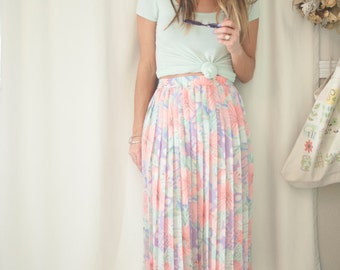 light floral knee calf length skirt high waisted small medium