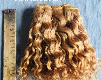 Natural Mohair Weft - Coarse Mohair Weft for Doll making - Waldorf doll hair -- Intense Golden Blond Curly
