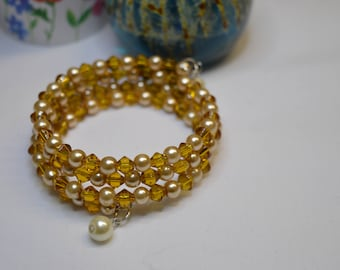 memory wire glass bead and faux pearl bracelet