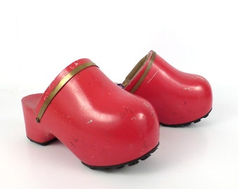 Famolare Amsterdam Clogs Vintage 1970s Red Platform Women's size 6