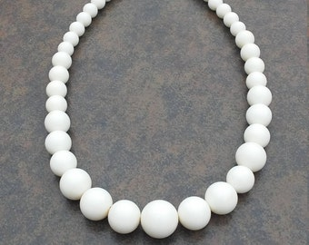 White Vintage Necklace