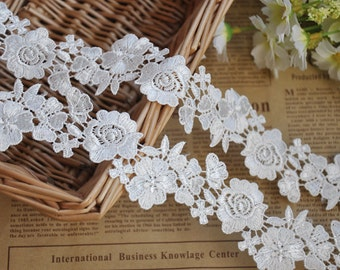 2 Yards Lace Trim Alice White Floral Embroidery Lace Wedding Trim 1.57 inches width