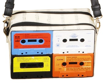 cross-body bag made of cassettes, FREE SHIPPING, cassette retro vintage musician music enthusiasts dj fans fan nostalgic nostalgia musicians