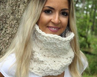 Cream Loop Scarf, Cream Cowl, Cream Neckwarmer, Tan Loop Scarf, Tan Cowl, Tan Neckwarmer, Cream Winter Scarf, Tan Chunky Scarf, THE ISABEL