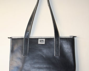 CITY-day handbag, handmade charcoal grey leather and light grey wool felt