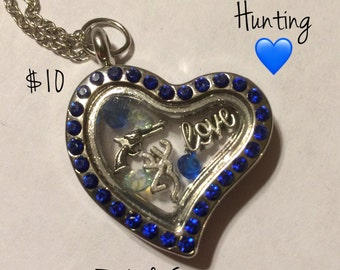 Hunting Camping Buck and Doe Floating Charm Memory Locket Jewelry Customizable Necklace Keychain Key Fob