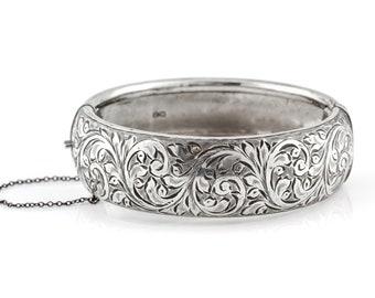 Chunky Vintage Silver Hinged Bangle c.1950