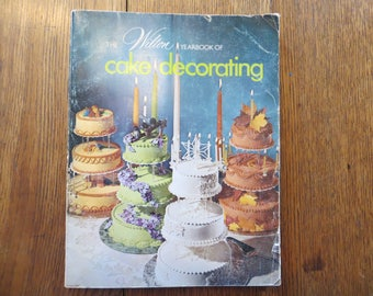 Cake Decorating 1974 Wilton Yearbook Cakes, CakeToppers, Wedding Cakes, Cake Pans, Bakery Books, Baker Gift, Cupcakes