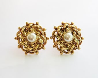 90's Antiqued Round Gold & Pearl Clip On Earrings // Vintage Costume Jewellery Clip On // Traditional Gift Idea // Made in England