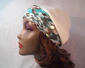 White cap multicolor wide band spandex.