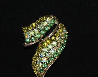 Vintage Lisner Shades of Green Rhinestone Brooch!