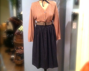 1950s-60s Style Mad Men or Sock Hop Costume: Skirt, Top, Ribbon Tie, Belt and Barrette. Happy Days. Size Large. Free US Shipping!