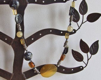 Glass & button necklace