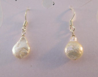 Freshwater Pearl Teardrop Earrings E921173