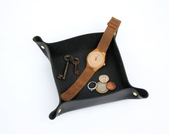 Handmade Leather Valet / Coin Tray - Black & Gold - Father's Day Gift - Office Style - Gift for Him - Gift for Her - Home Decor - Minimalist