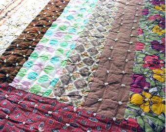 Homemade Quilt Blanket, Vintage Patchwork Quilt, Tufted Throw Blanket, Cabin Chic Decor, Twin Bedspread, Rustic Bedding, Textile Folk Art