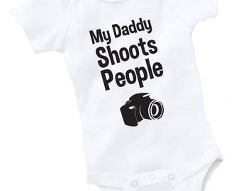 My Daddy Shoots People Onesie Bodysuit Photographer Camera Photography Photo Video Baby Shower Gift For Dad Funny Geek Nerd Birthday Cute