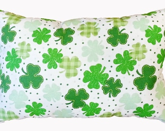 St. Patricks Day 11x15 inch Pillow, accent pillow, throw pillow, decorative pillow, holiday pillow