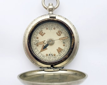 1930s Vintage British Pocket Compass / Hunter Compass