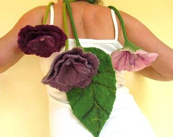 felted flower necklace -divine ecstasy-