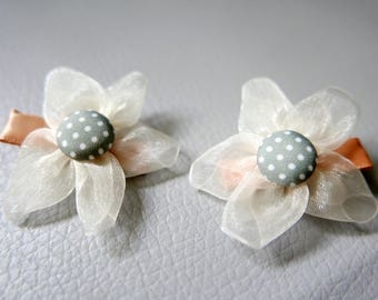 SET of 2 pins flowers