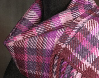 plaid scarf / pink scarf / handwoven scarf / merino wool scarf / woman's scarf / winter scarf