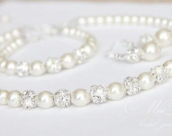 Wedding Jewelry Set, Swarovski Pearl Bridal Jewelry Set, Pearl Necklace Earrings Bracelet Set,  art. e01-b01-n10
