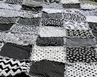 Black and White cotton rag quilt 62x42 (lap size)