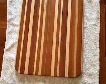 "Bread board 12""x16"" 3/4 "" thick"