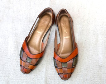 Vintage Leather Shoes / 1980s Flats / Woven Tri-Color Slip On / Womens Size 8