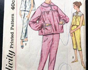 Simplicity Pattern #3207, Misses Pajamas, Size 14, Bust 34, Retro, 50s, Vintage, Sleepwear, Nightgown, Fashion, Clothing, Sewing