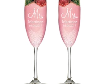 Personalized Champagne Flutes Wedding Gift Custom Wedding Gift Bridal Shower Gift Anniversary Gift for Couples Engagement Champagne Glasses