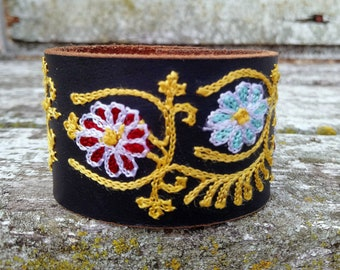 CUSTOM HANDSTAMPED CUFF - bracelet - personalized by Wildflower Cuffs and Stuff - black with daisies embroidered design leather cuff