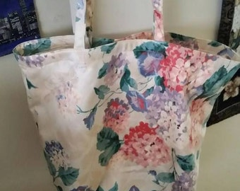 Large Floral Print Shopping totes
