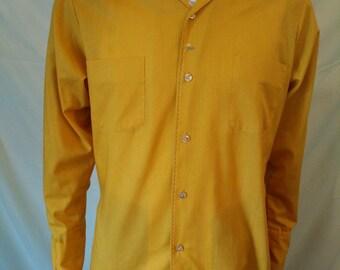 Vintage 60's Mr. California men's long sleeve mustard shirt size Medium