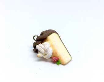 Pie Cheesecake necklace, charm, keyring - Polymer Clay Pie - Handmade Clay Food Jewellery - Different attachments available!