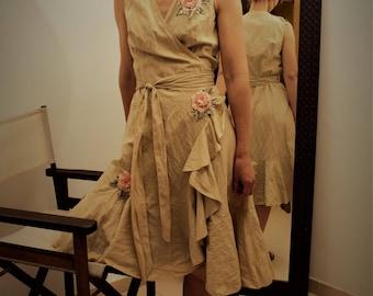 Wrap dress, crinkled cotton mix // summer dress / wrap dress / beige wrap dress / bow dress / embellished dress #kadrika