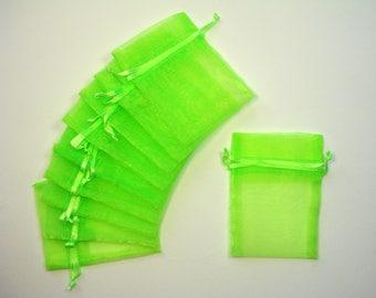 Neon set of 10 green organza bags, 7cmX10cm