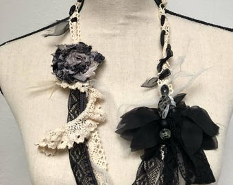 """""""Asybea"""" chic and romantic necklace"""