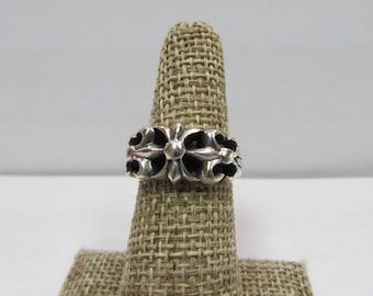 Vintage 925 Silver Fleurdelei Ring W #305